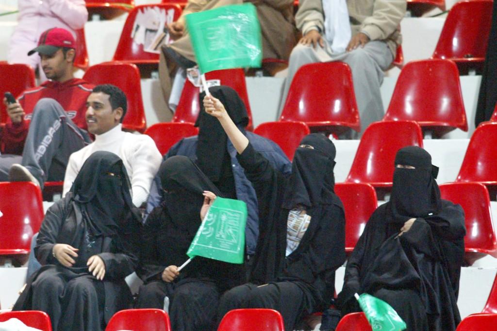 30e891b803cb ISEC POST | Los países árabes y la prohibición de las mujeres en los ...