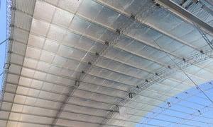 Colocación de Doble Alu y Alu Fusion Net 10 sobre techos de estructura metálica