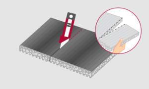 Cortar con trincheta las placas de Ondusec Reflex © en sentido longitudinal, según la separación entre montantes.