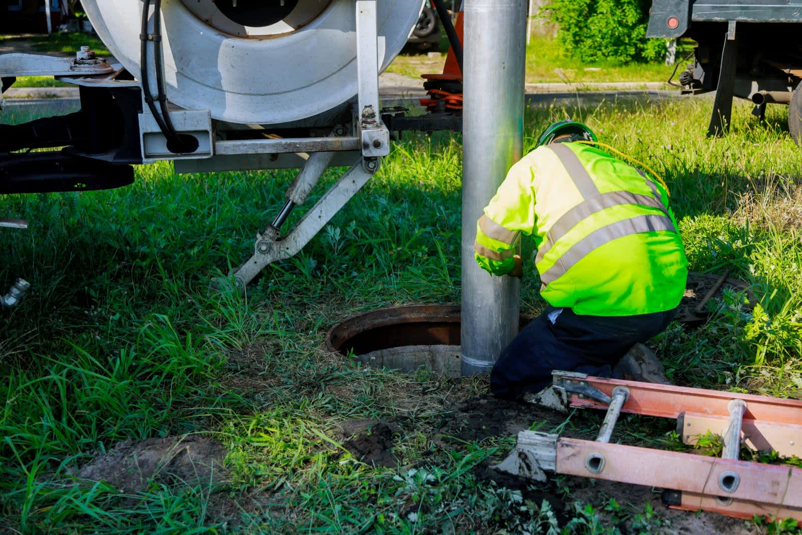 Why You Should leave Blocked Drains to an Expert