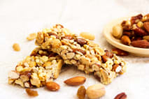 Domácí ořechové tyčinky