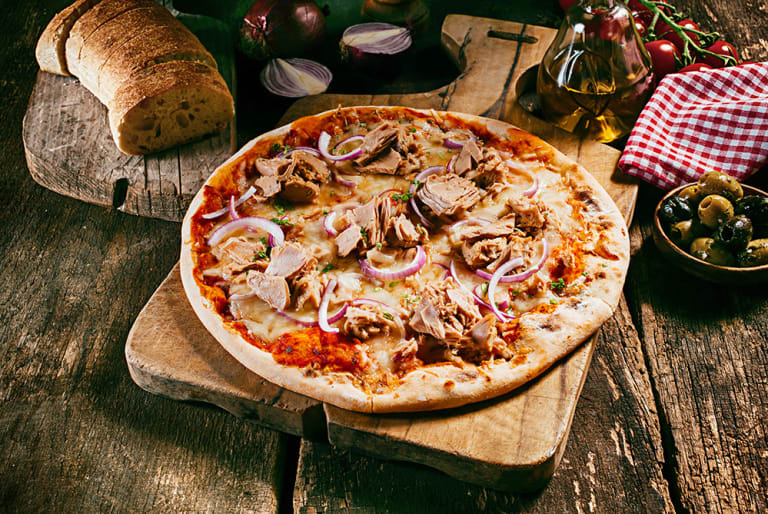 Tuňáková pizza