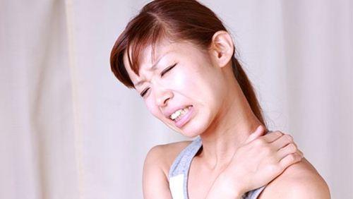 Cara Mengobati Leher Tengeng dengan Latihan Sederhana