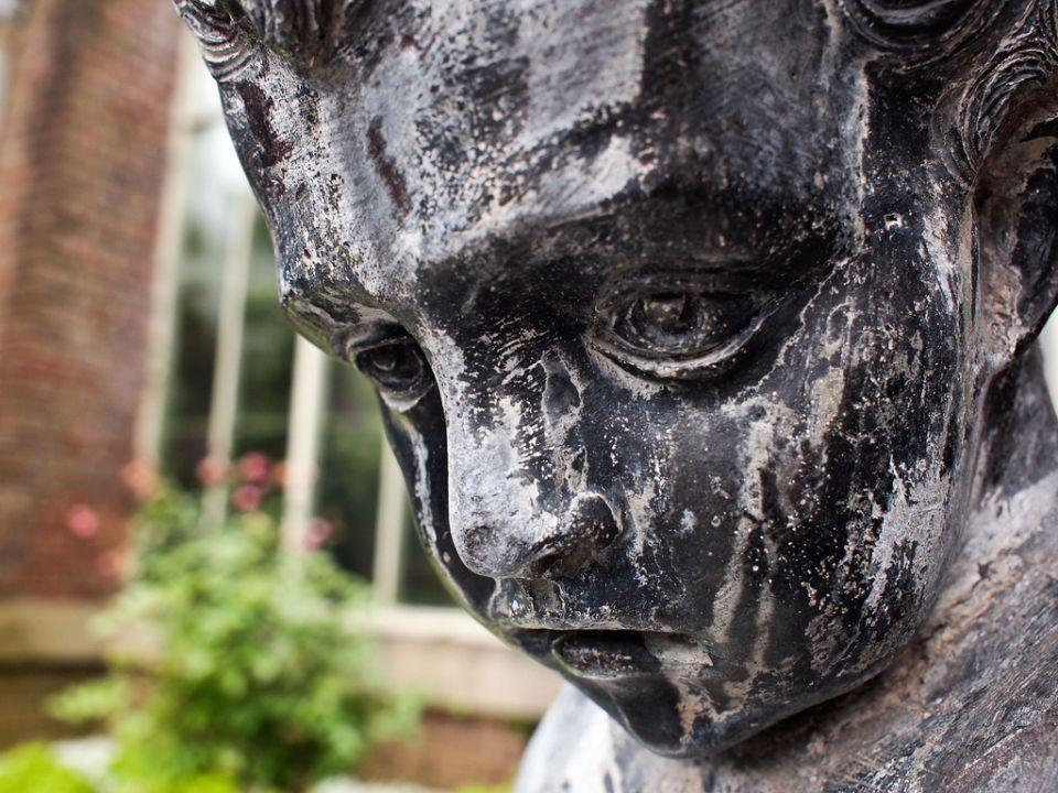 Escultura... o mi cara después de la noticia de Foo Fighters