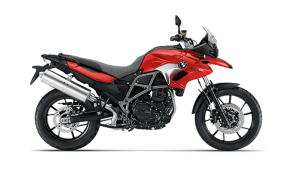 Rent BMW G650GS in Italy