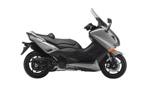 Rent Yamaha TMax in Italy