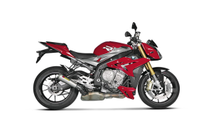 Rent BMW S1000R in Italy
