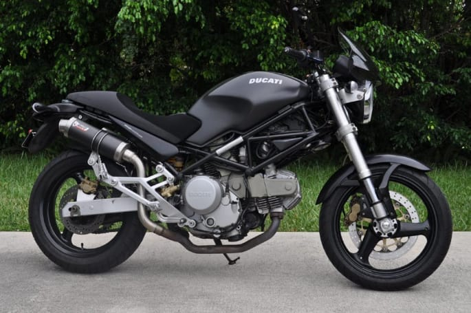 Rent Ducati Monster 600 in Italy | Motorcycle rental in Italy. Rent