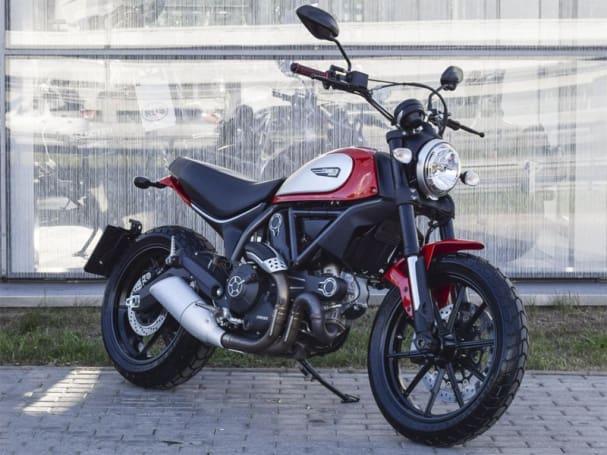 Noleggiare Ducati Scrambler 1100 A Roma Noleggio Moto A Roma