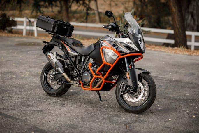 rent ktm 1190 adventure in sorrento rent motorcycle in. Black Bedroom Furniture Sets. Home Design Ideas
