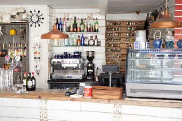 Fisherman Café