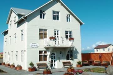 Gistiheimilið Mikligarður - Arctichotels