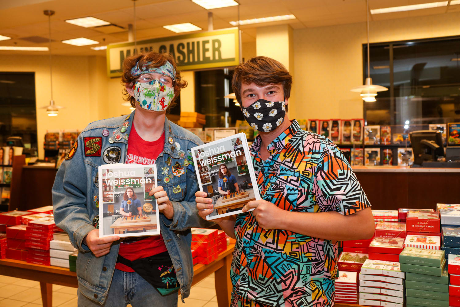 Joshua Weissman book tour at Barnes and Noble The Grove, Los Angeles, 2021.