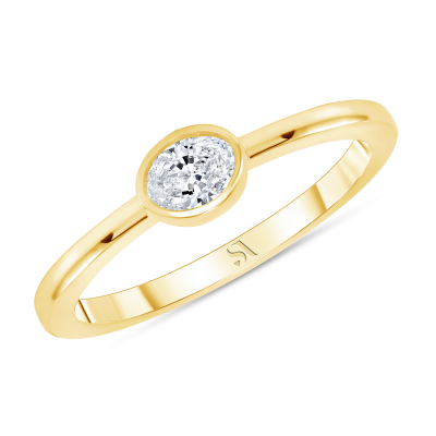 bezel set oval diamond ring yellow gold