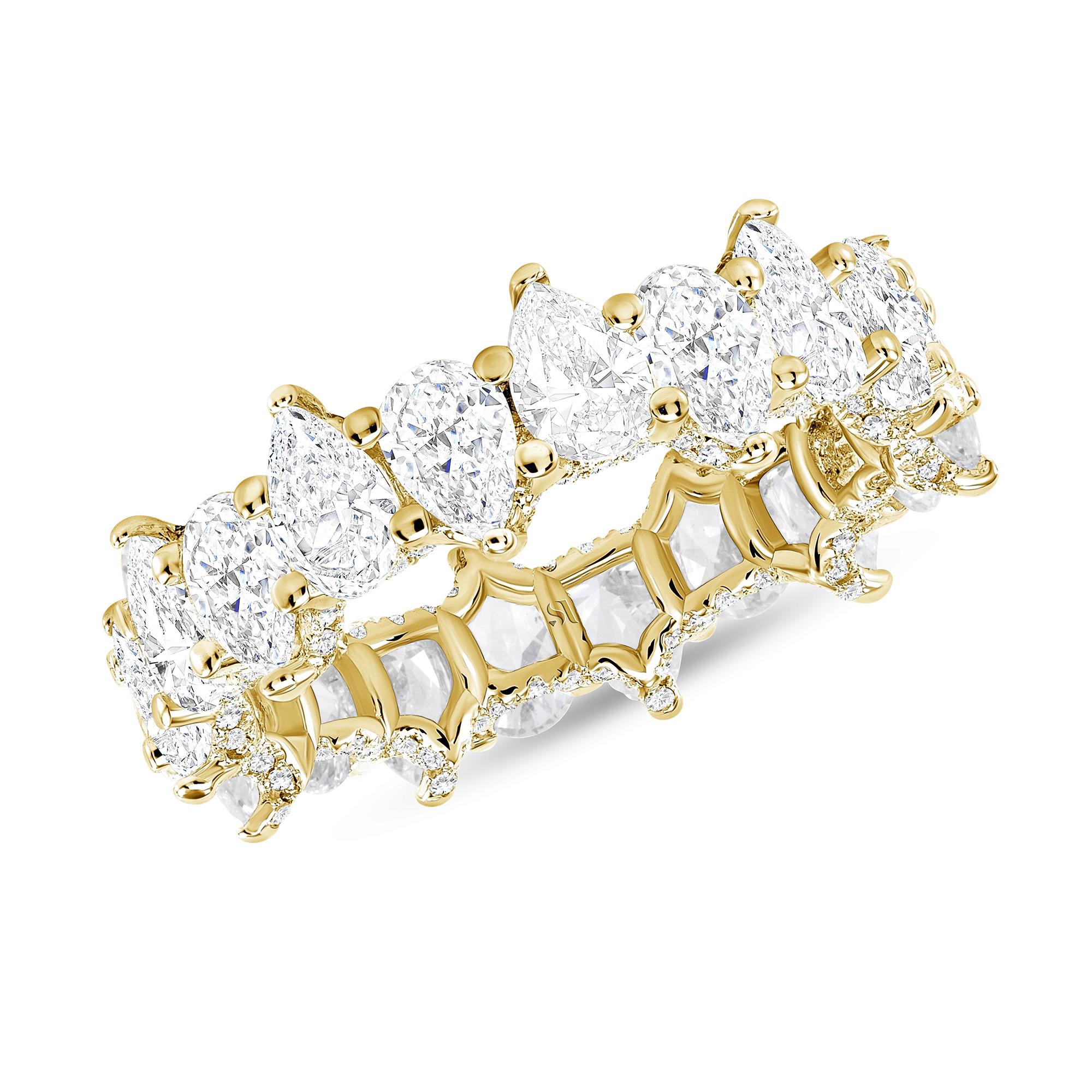 pear shaped diamond gold band