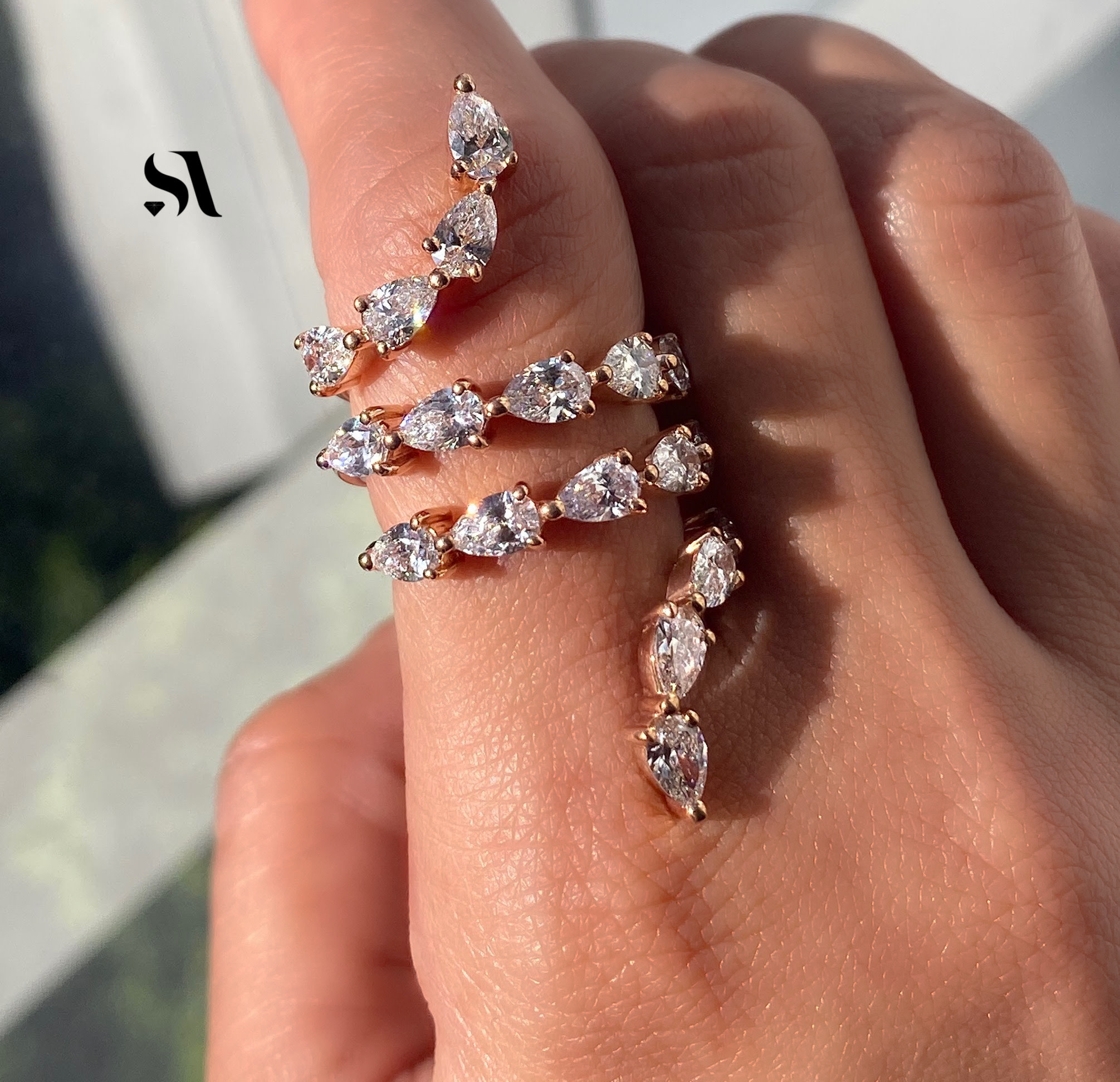 Spiral Pear Shape Diamond Ring Image