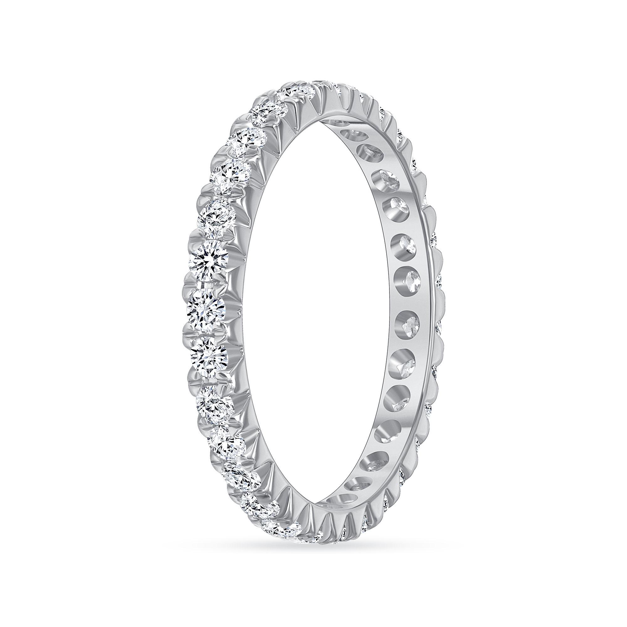 round diamond wedding ring white gold