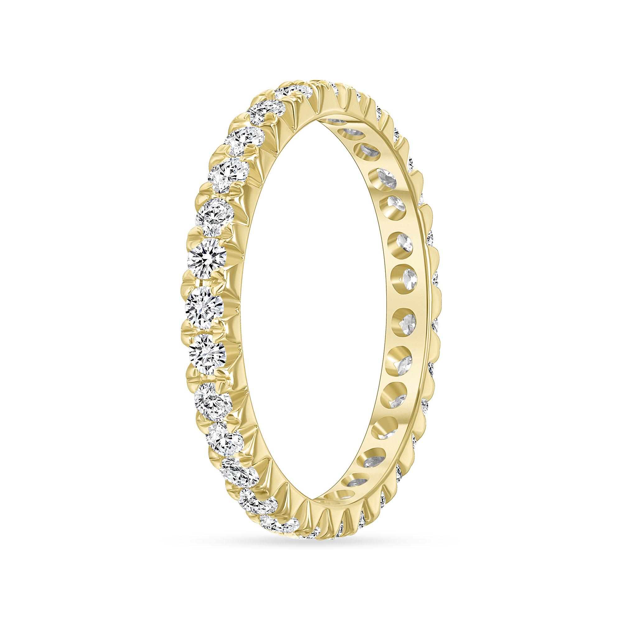 round diamond wedding ring   round cut diamond wedding ring