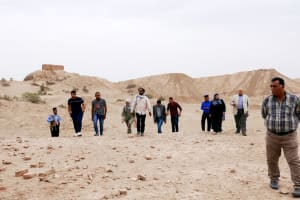 EDUU team field trip at the site of Nuffar, ancient Sumerian city of Nippur, April 2017