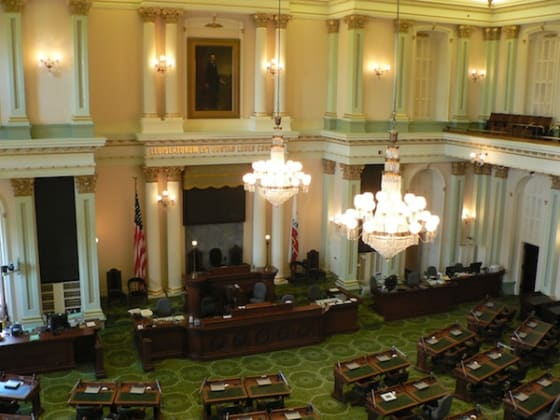 Assembly approves bill that expands rights to transgendered student athletes