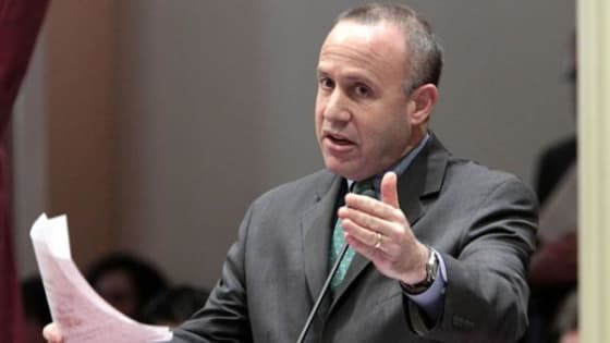 Darrell Steinberg Bill to create Business and School Partnerships