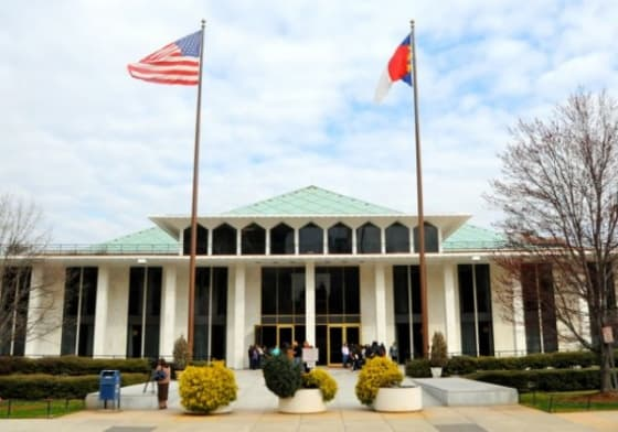 Nonpartisan redistricting commission