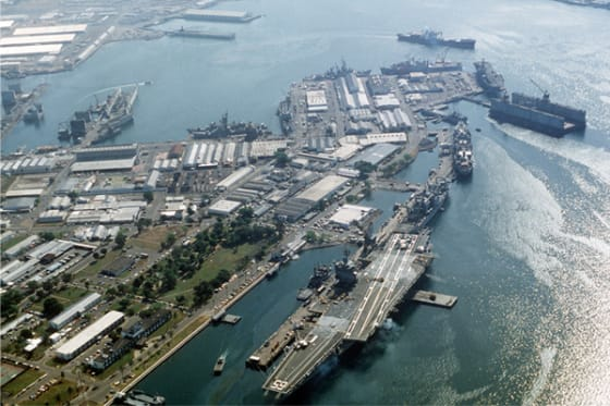 USS Enterprise at Supic Bay // Credit: Dual Freq via Wikimedia Commons