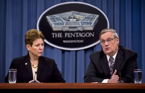 Robert F. Hale (left) comptroller and chief financial officer at the DOD, and Jessica L. Wright, acting undersecretary of defense for personnel and readiness // Credit: Defense.gov via Chad J. McNeeley