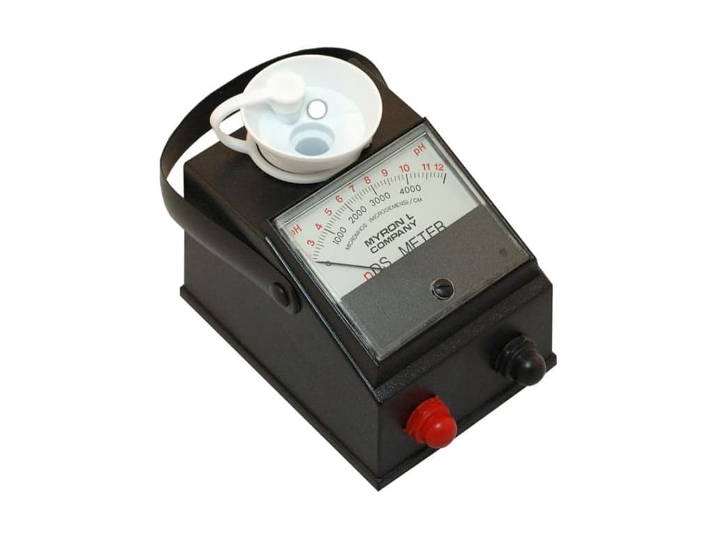 0-5 millimhos Myron L AG-5 DS Conductivity Agri-Meter