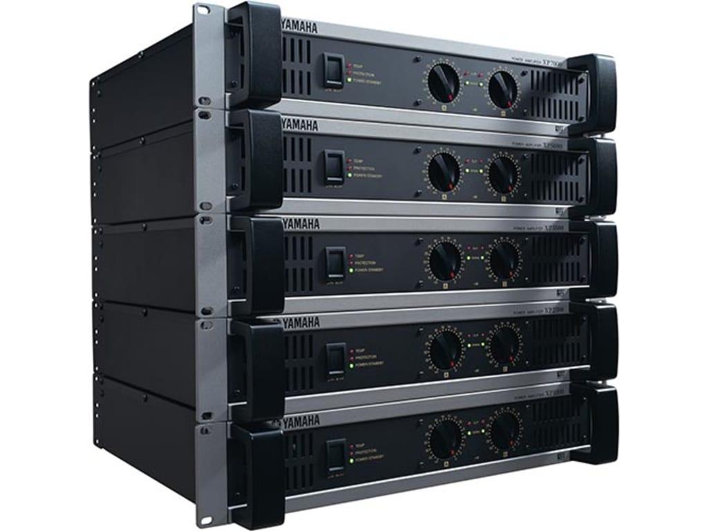yamaha xp7000 power amplifier 700w plus 700w 8ohms 20hz 20khz touchboards. Black Bedroom Furniture Sets. Home Design Ideas