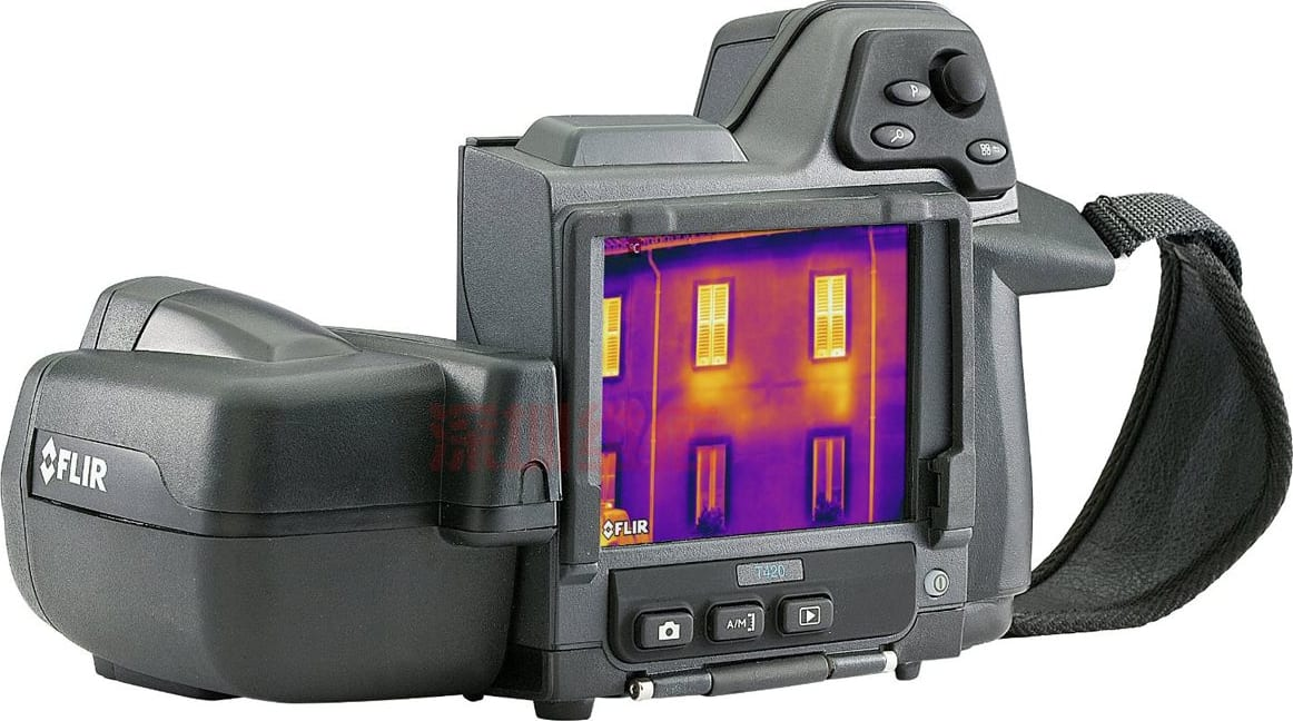 FLIR_T420bx_Thermal_Imaging_Camera_320_x_240_Resolution-60Hz_Main_View