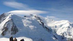 Avalanche near Chamonix kills at least six