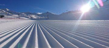 J2Ski's Where To Ski or Snowboard In June 2017