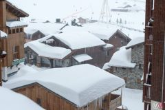 Avalanche Danger One Notch Below Highest Level After 1m+ Snowfalls in Alps