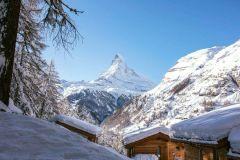 Fresh Snow in Switzerland Temporarily Cuts Off Zermatt for 3rd Time