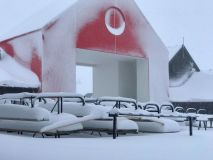 Snow Bases Building in New Zealand as New Season Nears