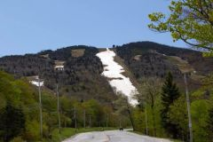 Last Ski Area Open for 17-18 in Eastern US Decides To Call It A Day After Weekend