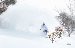 Australian Ski Areas Climb Towards 2 Metre Base Depths