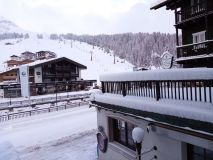 Snow Starts Accumulating in the Alps Again – Up To 70cm in 24 Hours Reported
