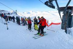 Despite lots of Snow, Scottish Ski Centres Battle To Open