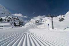 """Great Conditions"" As Glacier Resorts Re-open in Switzerland, France and Austria"