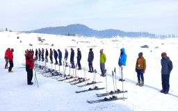 Bumper Business on Indian Ski Slopes