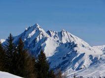 British Tour Operators Report Booming 21-22 Ski Season Holiday Sales