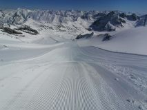 Austrian Glacier Ski Centre Extends Season Into July