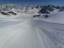 Austrian Glacier Ski Centre Extends Season Into July