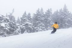A Dozen US Ski Areas Extend Seasons into May