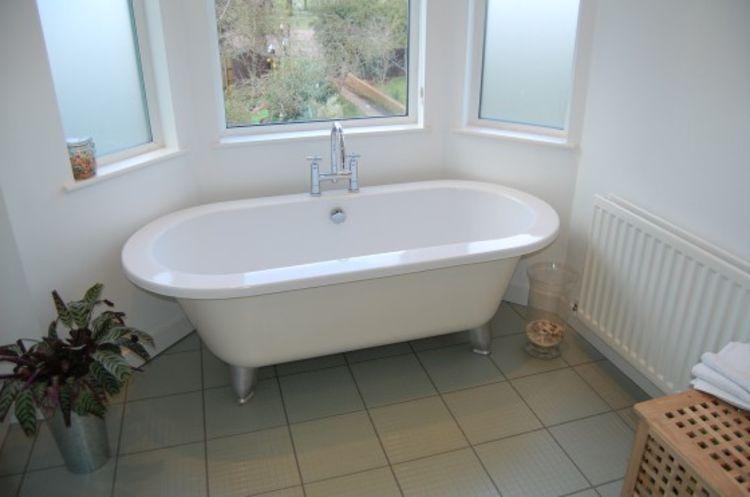 Colwyn Road95 bath2 USE