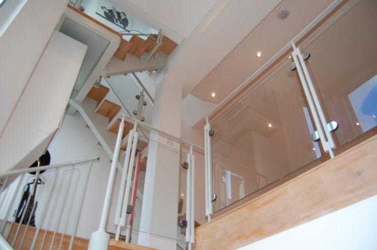 Colwyn Road95 sitting room stairs