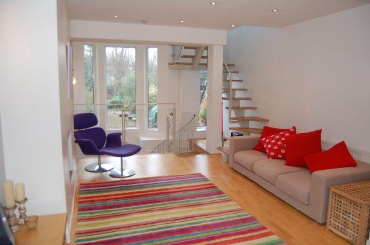 Colwyn Road95 sitting room5 USE