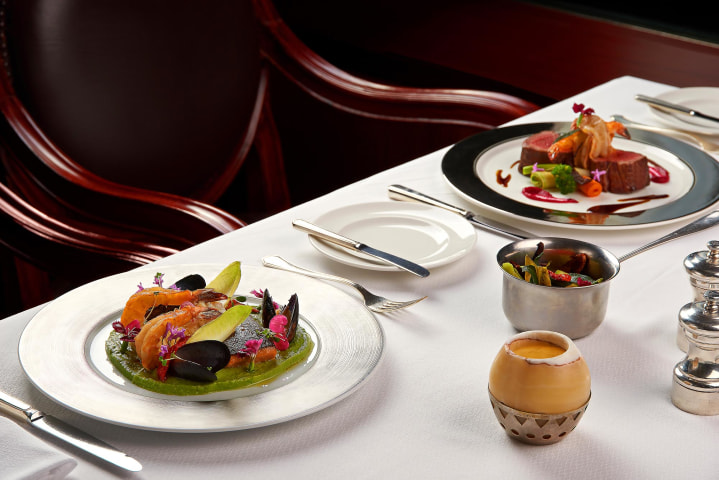 Revolving Restaurant French Cuisine - Grand Nile Tower Hotel cairo - Mohamed Abdel-Hady photography